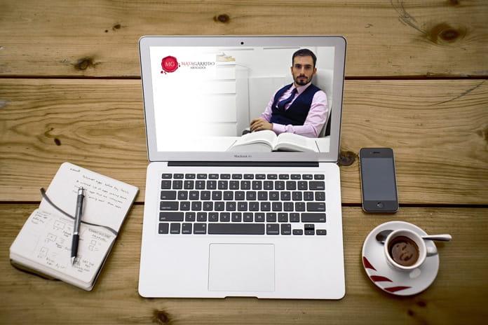 solicita tu reunión online o presencial